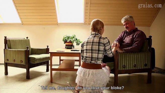 Старик предложил квартиросъемщице отсосать волосатый пенис за скидку по аренде prew 4