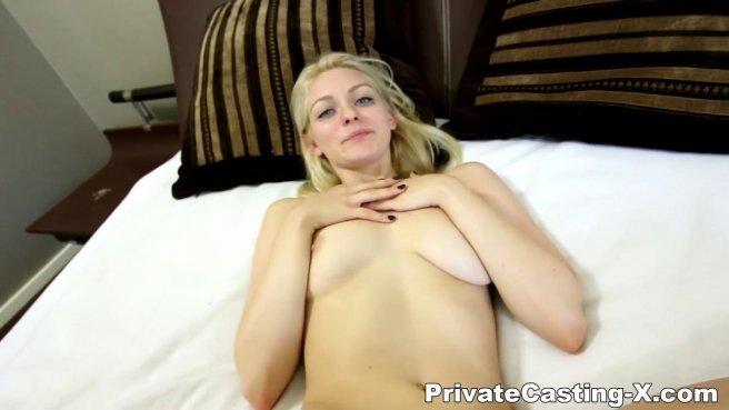 Блонди во время кастинга получила поток спермы от латиноамериканца prew 10